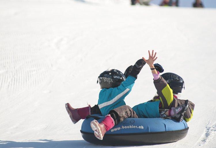 Snowtubing SPORTSGLISS aux Plans d'Hotonnes